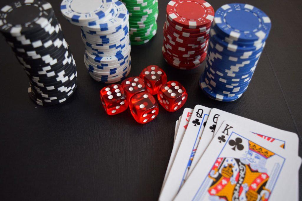 Bermain Judi Casino Online Dengan Taruhan Deposit